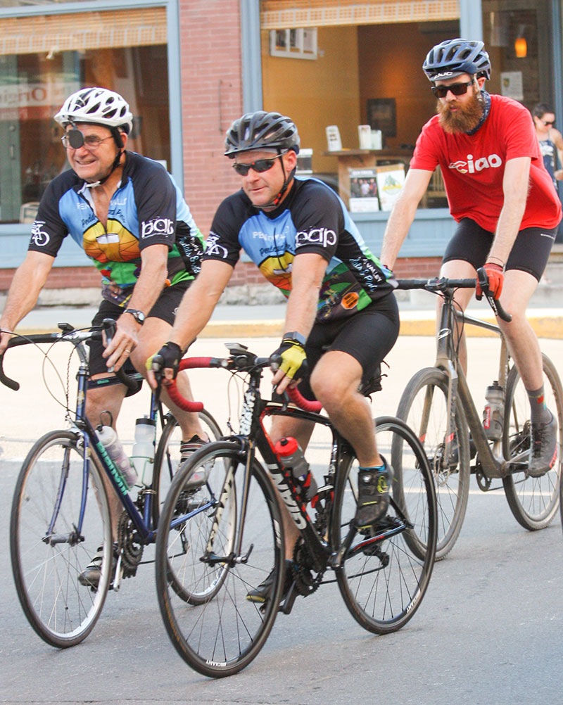 three penns valley pedals and pints cyclists crossing and intersection